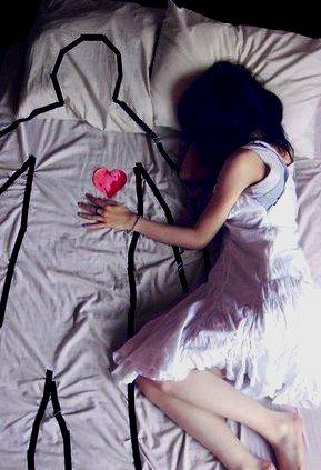 A Romantic Bedtime Ritual to Nurture Intimacy