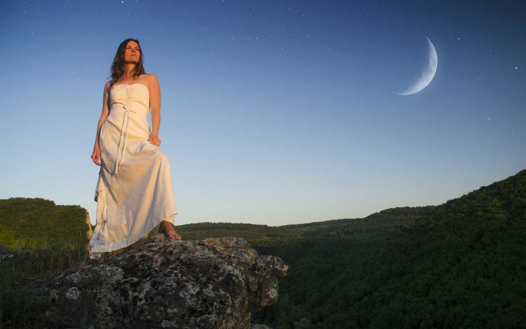 How to Harness Your Lunar-Fertility Connection